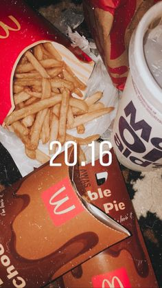 Foid Junk Food Snacks, Food N, Food And Drink, Snap Food, Tumblr Food, Food Snapchat, Aesthetic Food, Food Cravings, Food Photo