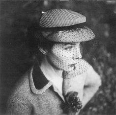 Bettina ( Simone Micheline Bodin ) - By Henry Clarke - For Gilbert Orgel - 1952  
