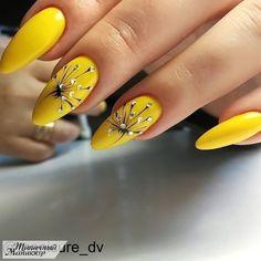Gel Nail Art Designs, Creative Nail Designs, Creative Nails, Yellow Nails Design, Yellow Nail Art, Pastel Yellow, Cute Acrylic Nails, Cute Nails, May Nails