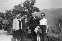 Radiestesia Congresso em Locarno em 1956  1. Um membro do CIER  2. Senhor Presidente Vandenhoff CIER  3. Mr Elsier Bruxelas  4. Senhorita Meeus