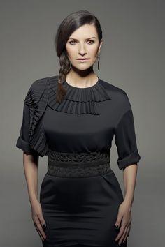 Laura Pausini presenta Simili: «Il mio primo disco da mamma» - VanityFair.it