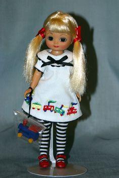 2005 - Choo Choo Chick Betsy | Tonner Doll Company