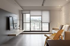 INDOT | THE FAMILY'S INN Japanese Apartment, Compact House, Casa Clean, Interior Architecture, Interior Design, Neat And Tidy, Decoration, Space Saving, Sweet Home