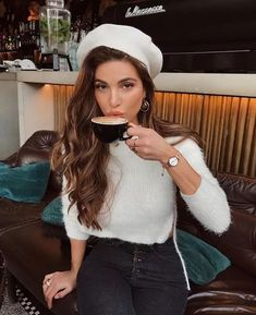2019 popular retro but not monotonous beret, beret does not pick face, do not pick hairstyle, this is a must-have for winter, let us take a look at the stylish beret!