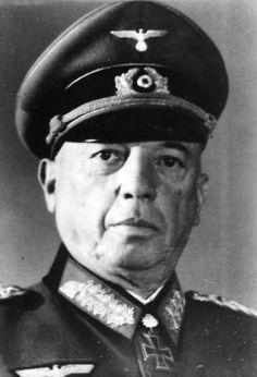 ✠ Georg von Küchler (30 May 1881 – 25 May 1968) RK 30.09.1939 General der Artillerie OB 3. Armee 21.08.1943 [273. EL] Generalfeldmarschall OB HGr. Nord