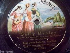 "nice old german Label :-)  First and Big Auction 78rpm in 2017 Come in & find out   !!! Startprice only 1,99 Euro !!! Worldwide shipping !!!  REGA DANCE ORCH. ""Love Bird / sally Medley"" Beka 78rpm"