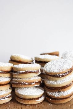 Alfajores Con Dulce de Leche | Confessions of a Chocoholic Sweet Stuff and More