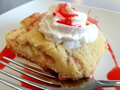 Strawberry Cream Cheese Crescent Bars - Farmers Wife Rambles