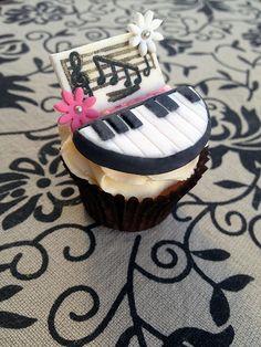 Piano-Recital-Cupcakes[1]
