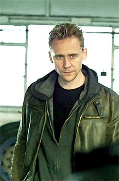 Last night (apparently, because some of us can't watch it) the role of Jonathan Pine was briefly played by Loki.