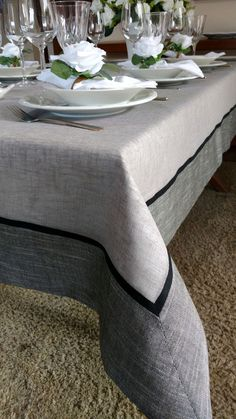 Dining Table Cloth, Dinning Table, Table Linens, Table And Chairs, Burlap Lace Table Runner, Table Runner Pattern, Bed Cover Design, Goth Home Decor, Diy Kitchen Storage