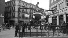 Lavapiés; ubicada bajo la plaza del mismo nombre fue inaugurada el 9 de agosto de 1936 con el primer tramo de la Línea 3,