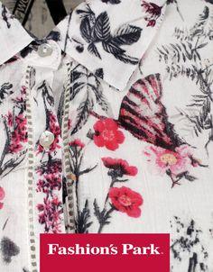 Muchas y diferentes tipos de flores en tus blusas