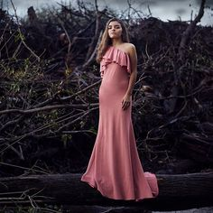 One more time I promise after that I'll let you go. #Moment #Storm #sonya7rii #sonyimages #Nature #PinkDress #Rain #SweetFifteen @sonyimages @sonyalphasclub Mine forever the gorgeous @juani.balcarce
