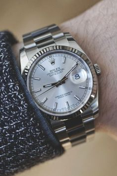 Hands On, the Rolex Oyster. #Rolex