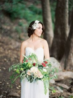 organic fern and rose wedding bouquet - photo by Loft Photography