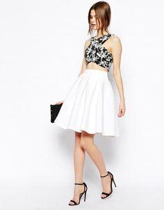 black top, white pleated skirt, black heels, purse. Summer women fashion @roressclothes closet ideas