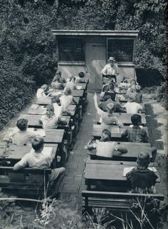 A Forgotten Age of Open-air Schools in the Netherlands, 1957. .