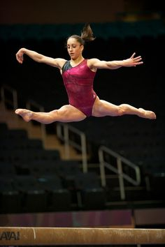 Jordyn Wieber on beam