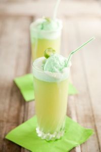 Lime sherbet punch - perfect for St. Patty's! #stpatricks #recipe #drink