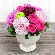 春色の生花フラワーアレンジメント。【生花 アレンジメント「サブリナ」】