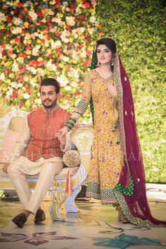 Every bride's favorite look Pakistani Mehndi Dress, Pakistani Wedding Outfits, Pakistani Wedding Dresses, Mehendi, Pakistan Bride, Pakistan Wedding, Indian Groom Wear, Indian Suits, Mehndi Outfit