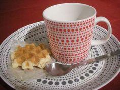 dots mug and saucer