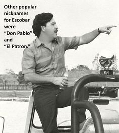 El Patron Pablo Escobar, this is my land as far as the eye can see, don't come here without an invitation or you will meet El Diablo. Pablo Emilio Escobar, Don Pablo Escobar, Narcos Escobar, Narcos Poster, Narcos Pablo, Chapo Guzman, Mafia Gangster, Dope Wallpapers, Thug Life