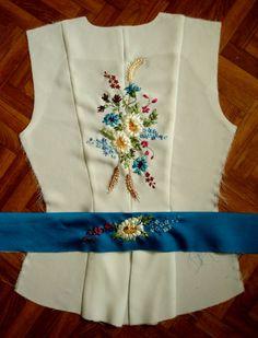 Gallery.ru / Фото #15 - Одежда с вышивкой - Vladna