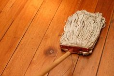 10 Harmonious Clever Hacks: Carpet Cleaning Tips How To Get deep carpet cleaning hands.Carpet Cleaning With Vinegar Stain Removers. Household Cleaning Tips, House Cleaning Tips, Diy Cleaning Products, Cleaning Solutions, Cleaning Hacks, Cleaning Recipes, Household Chores, Household Cleaners, How To Clean Laminate Flooring