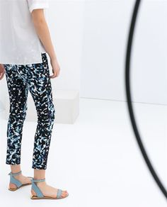 Navy floral - TECHNICAL PRINT FABRIC TROUSERS - Zara £29.99