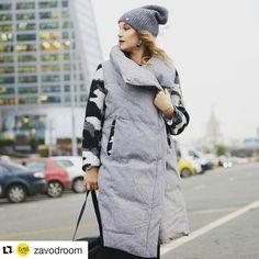 Моё фото для @zavodroom 😊 прекрасная Света она же модель 😍  она же дизайнер своих крутых пальто 💛💛 #носирусское #шерстяноепальто #tuxupophoto #zavodroom #пальто #love #moscow #models