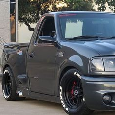 Ford Lightning The only Ford that I really appreciate. Ford Lightning The only Ford that I really appreciate. F150 Truck, Ford Pickup Trucks, Chevy Trucks, Dropped Trucks, Lowered Trucks, Lifted Trucks, 4x4 Trucks, Muddy Trucks, Ford Svt