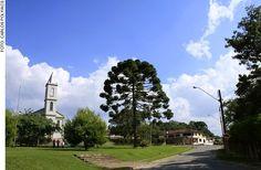 Igreja Senhor Bom Jesus. Centro Histórico de Guajuvira.