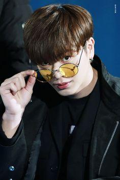 SungJae Glasses so cute! Btob Changsub, Im Hyunsik, Yook Sungjae, Minhyuk, Jinyoung, Sungjae And Joy, Born To Beat, Yongin, Celebrity Drawings