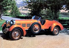 Wooden Tulipwood Torpedo car from the Hispano-Suiza.