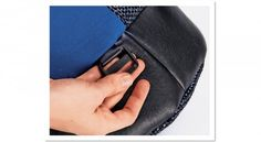 Kabelka nebo batoh?   Burda Style Sling Backpack, Leather Backpack, Backpacks, Style, Fashion, Swag, Moda, Leather Backpacks, Fashion Styles