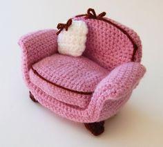 amigurumi pattern armchair by amieggs on Etsy Crochet Toys Patterns, Stuffed Toys Patterns, Crochet Stitches, Crochet Fairy, Easy Crochet, Crochet Amigurumi, Crochet Dolls, Crochet Furniture, Patterned Armchair