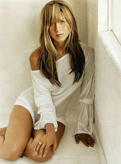 Jennifer Aniston for Rolling Stone September 2001