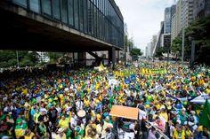 Como é feita a estimativa do número de pessoas em uma manifestação?