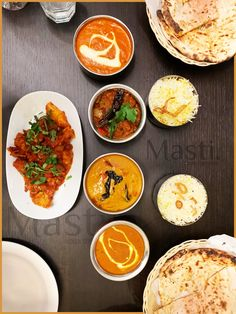 Today's weather may be a little gloomy and cold but Masti's Sizzling Indian curry and Piping Hot Indian Breads will warm you up and bring you to spice heaven! Food L, Food Porn, Indian Breads, Indian Food Recipes, Ethnic Recipes, Indian Street Food, Tasting Table, Indian Curry, Don't Forget