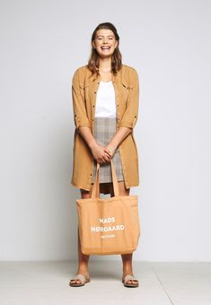 Mads Nørgaard BOUTIQUE ATHENE - Shopping Bag - apricot/white - Zalando.at Boutique, Shopping Bag, Duster Coat, Jackets, Bags, Fashion, Down Jackets, Handbags, Moda