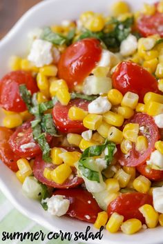 Summer Corn Salad - use QUESO FRESCO-- a light, flavorful salad filled with corn, tomatoes, feta, basil and cucumber. It's perfect for BBQs and will be a hit at any party! Corn Salad Recipes, Salad Recipes Video, Summer Salad Recipes, Corn Salads, Easy Salads, Corn Tomato Salad, Corn And Cucumber Salad Recipe, Caprese Salat, Feta Salat