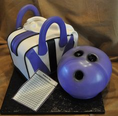 Purple Bowling bag and ball cake