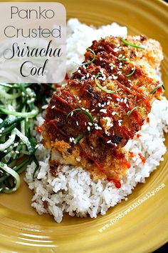 Panko Crusted Sriracha Cod: Tender, delicate, flaky cod topped with a slightly spicy sriracha and crunchy panko crust. This dish is done in under 30 minutes. Fish Dinner, Seafood Dinner, Fish And Seafood, Cod Recipes, Seafood Recipes, Cooking Recipes, Healthy Recipes, Pastry Recipes, Jai Faim