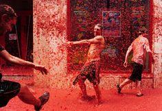 Tomato fight, Spain