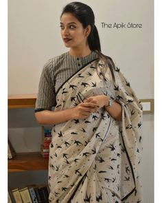 Check out this collection of best formal office wear sarees collection online from the brand The Apik store. Blouse Designs High Neck, Cotton Saree Blouse Designs, Fancy Blouse Designs, Blouse Patterns, Formal Saree, Kurti Designs Party Wear, Kurta Designs, Stylish Blouse Design, Stylish Sarees