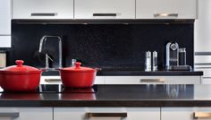 contemporary kitchen by Caesarstone, engineered quartz counters. Con: not heat resistant. Quartz Kitchen Countertops, Stone Backsplash, Kitchen Cabinets, Kitchen Reno, Cabin Kitchens, Cool Kitchens, Natural Home Decor, Kitchen Colors, Kitchen Ideas