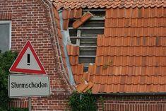 Sturmschaden: Wann haben Sie Anspruch auf Schadenersatz? Playing Games, Weather, Nature