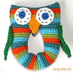 Free pattern: Stripey Owl Baby Rattle pattern by Naomi Wade